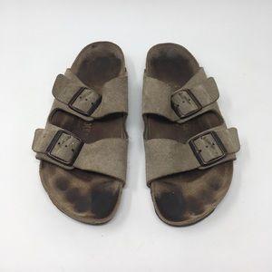 Birkenstock tan Arizona sandals